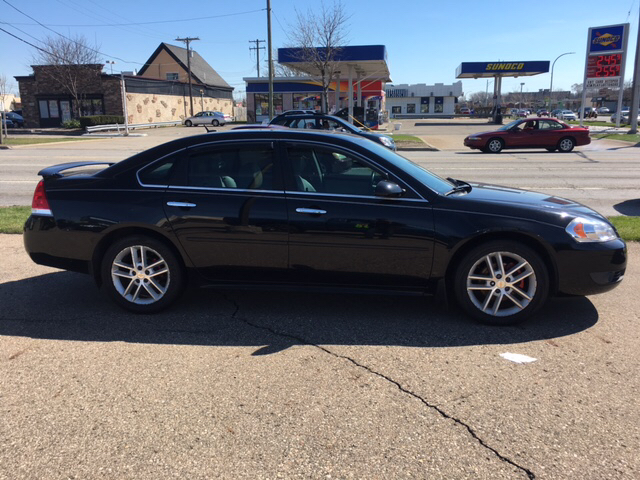 2010 Chevrolet Impala LTZ 4dr Sedan - Warren MI