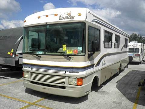 1997 Fleetwood Bounder 32 Foot