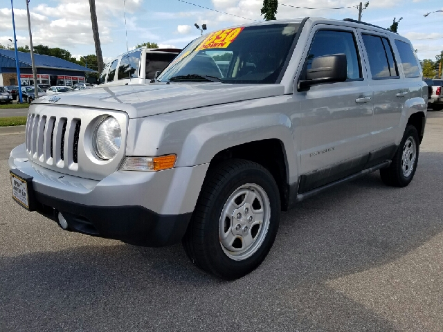 2011 jeep patriot 4x4 latitude 4dr suv in waterloo ia