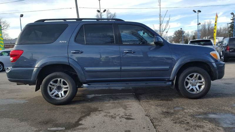 2005 toyota sequoia sr5 4wd 4dr suv in waterloo ia rpm motor company. Black Bedroom Furniture Sets. Home Design Ideas