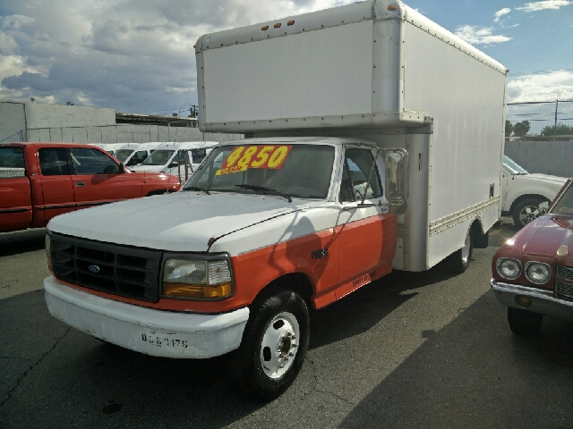 Used Cars in Las Vegas 1996 Ford E-350