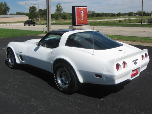 1982 Chevrolet Corvette COUPE - Mt. Zion IL