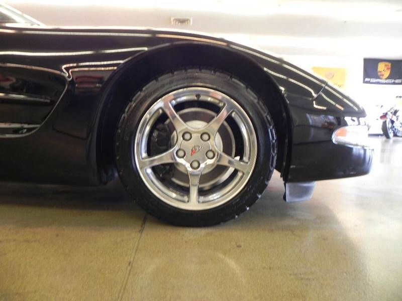 2002 Chevrolet Corvette 2dr Coupe - Mt. Zion IL