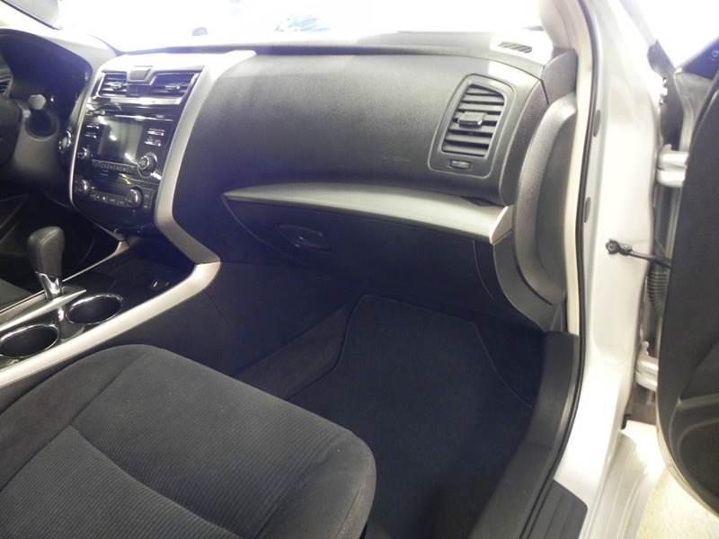2013 Nissan Altima 2.5 SV 4dr Sedan - Mt. Zion IL