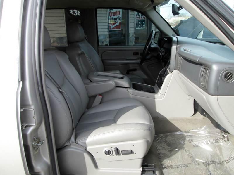 2006 Chevrolet Avalanche LS 1500 4dr Crew Cab 4WD SB - Waterford MI