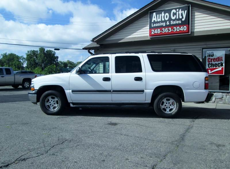 2006 Chevrolet Suburban LT 1500 4dr SUV 4WD - Waterford MI