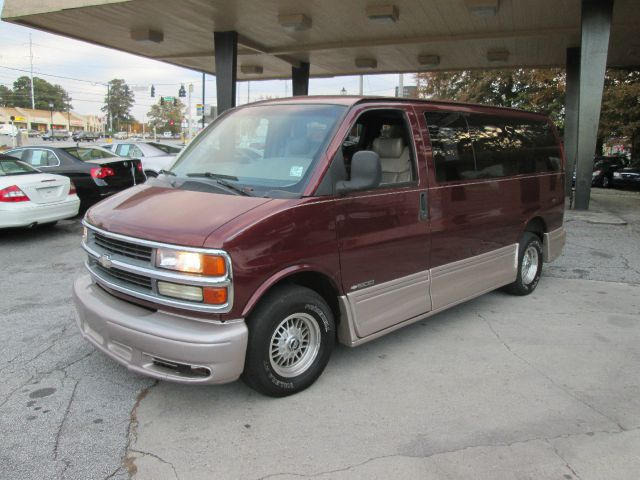 1999 Chevrolet Express for sale in Stone Mountain GA