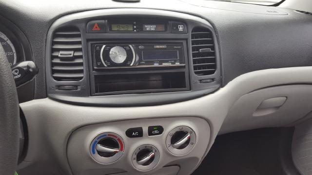 2009 Hyundai Accent GLS 4dr Sedan - Lowell MA