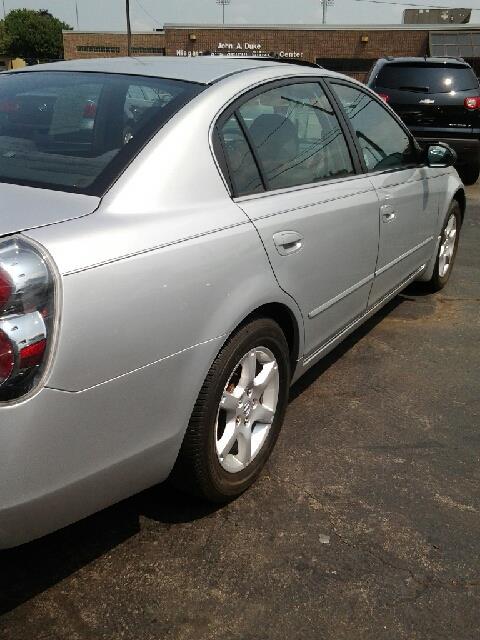 2006 Nissan Altima 2.5 S - Niagra Falls NY