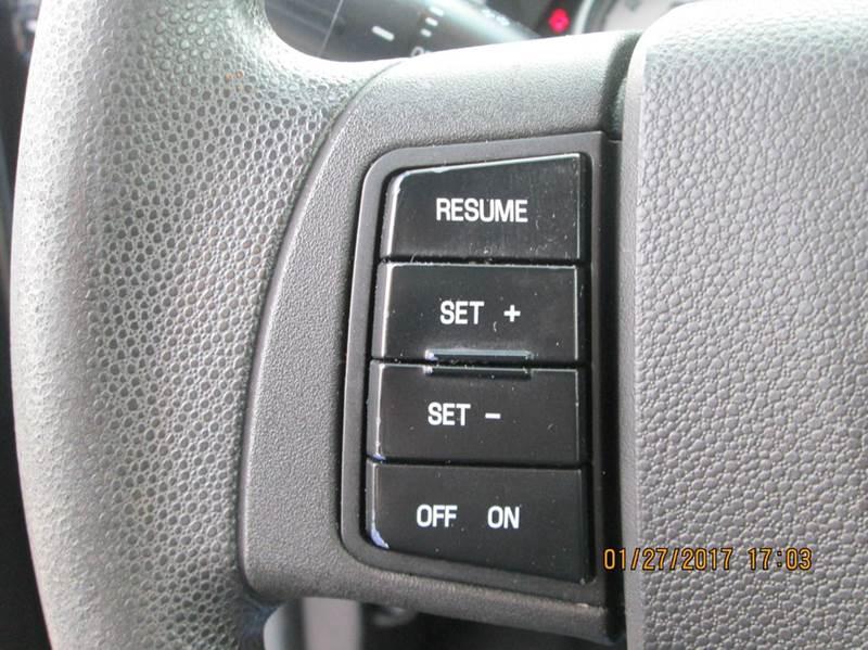 2010 Ford Focus SE 4dr Sedan - Johnstown NY