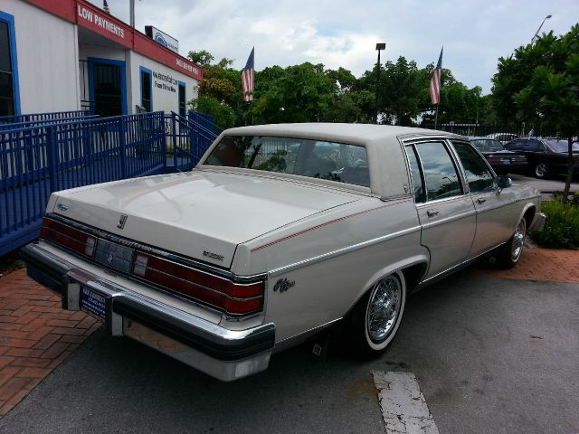 1984 buick electra park avenue 4dr sedan for sale in miami. Black Bedroom Furniture Sets. Home Design Ideas