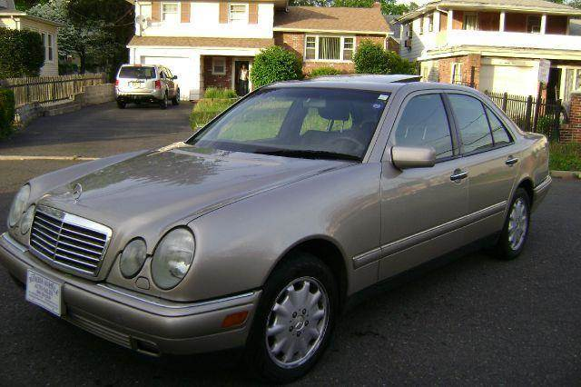 Used 1999 mercedes benz e class e320 4matic awd 4dr in for 1999 mercedes benz e320 4matic