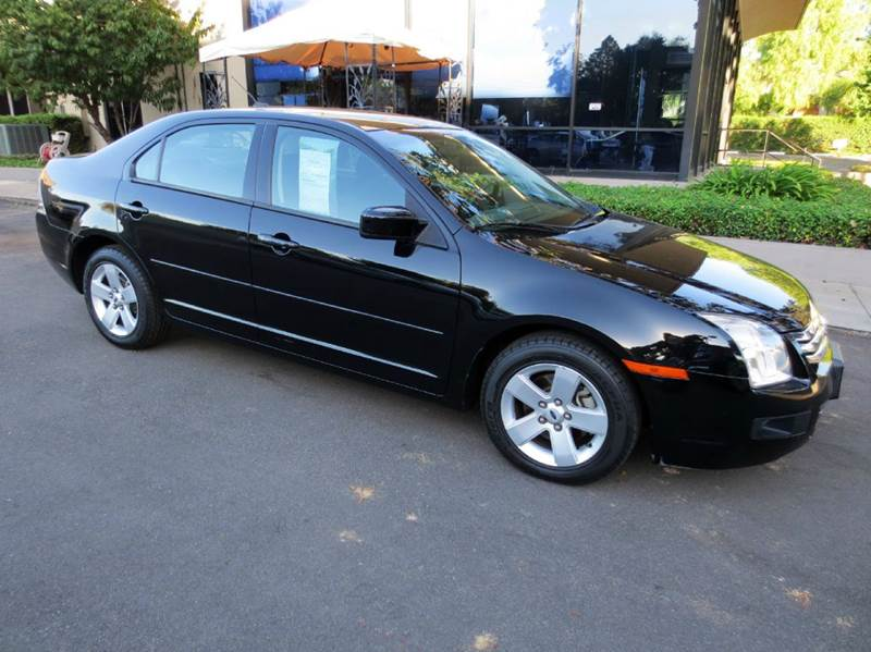 2008 FORD FUSION I4 SE 4DR SEDAN black look no more affordable and reliable this well equiped f