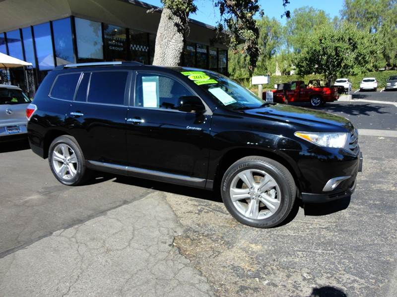 2013 TOYOTA HIGHLANDER LIMITED 4DR SUV black  1 owner  like new clean carfax under factory w