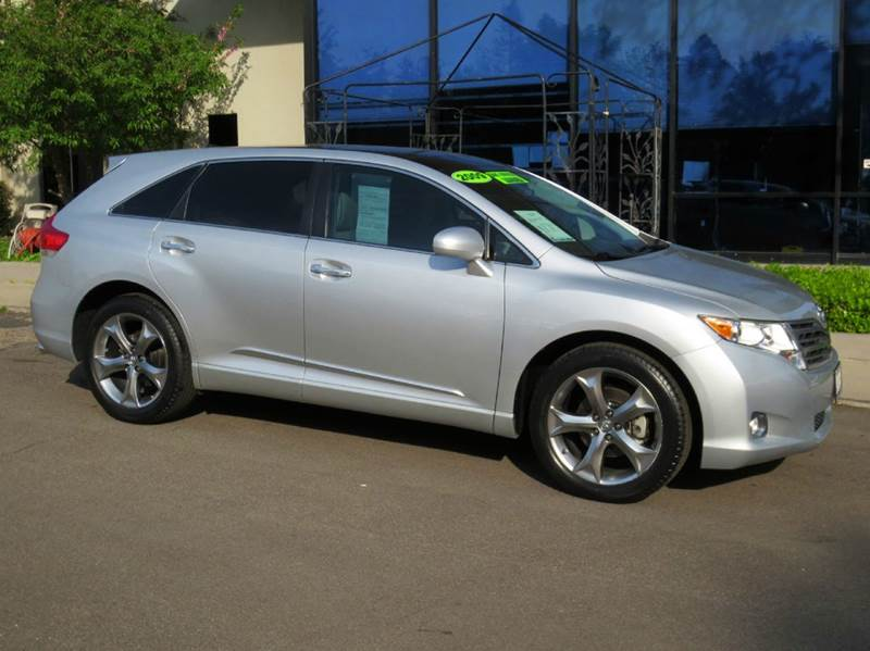 2011 TOYOTA VENZA FWD V6 4DR CROSSOVER silver top of the line state of the art navigation with b