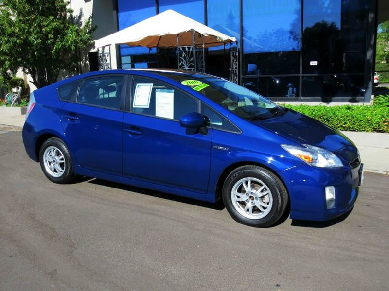 2010 TOYOTA PRIUS IV 4DR HATCHBACK blue low mileage and nicely equipped with solar roof navigati