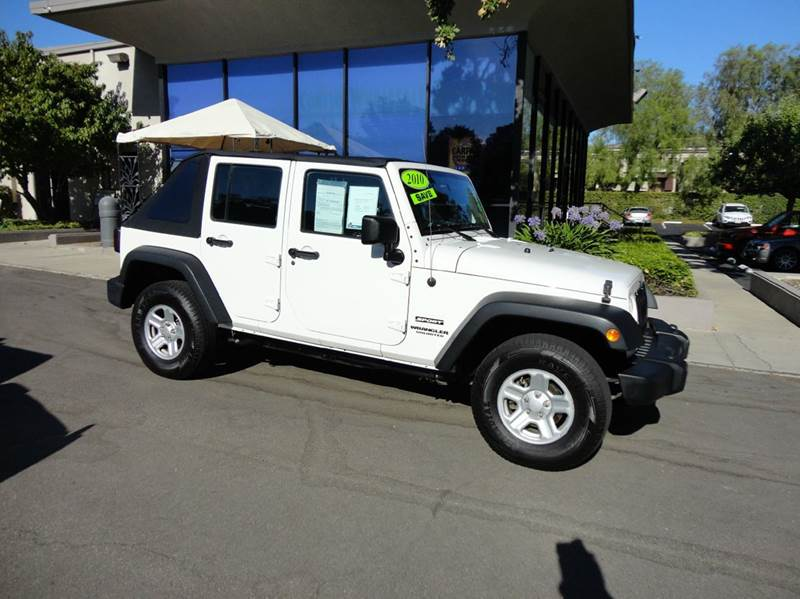 2010 JEEP WRANGLER UNLIMITED SPORT 4X4 4DR SUV white fun in the sun for you and 4 friends with re