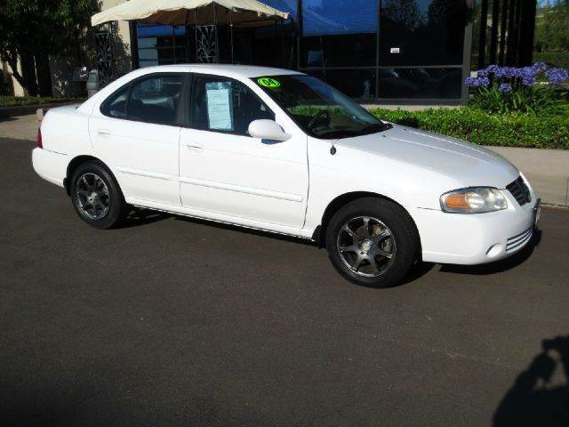 2004 NISSAN SENTRA 18 S 4DR SEDAN white equipped with  power windows and door locks  cruise