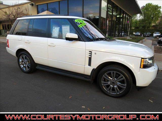 2012 LAND ROVER RANGE ROVER HSE LUX 4X4 4DR SUV fuji white performance is excellent in a straigh
