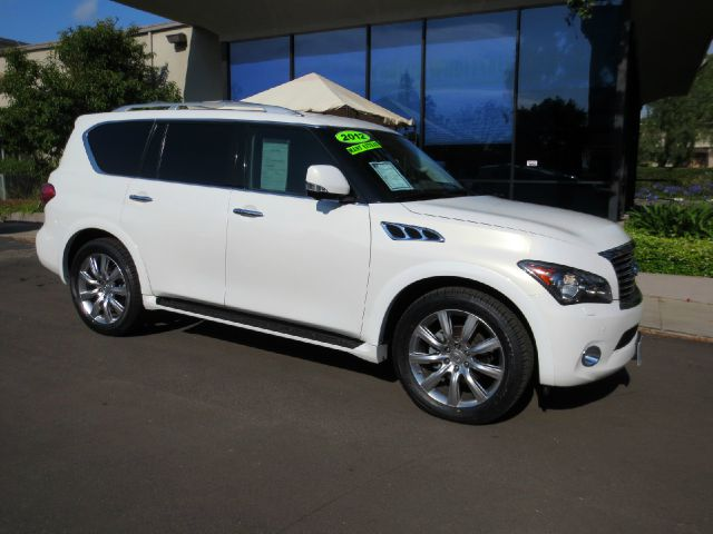 2012 INFINITI QX56 4X4 4DR SUV white nicely equipped with touring pkg technology pkg theater pkg