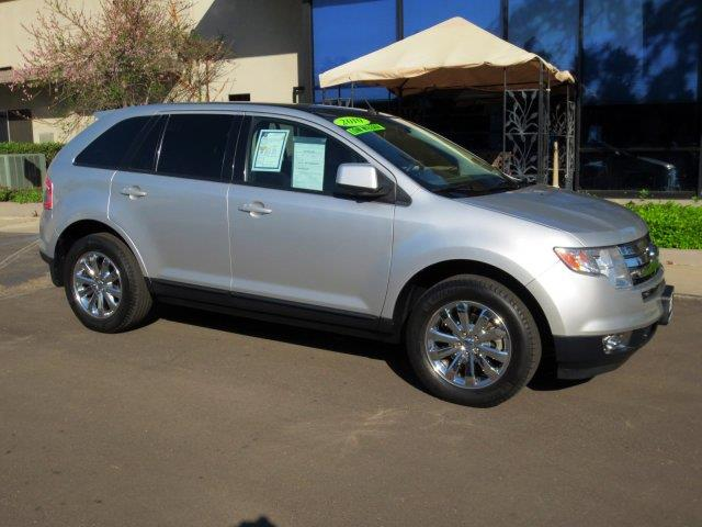2010 FORD EDGE SEL 4DR SUV ingot silver metallic nicely equipped with  chrome wheels  panoram