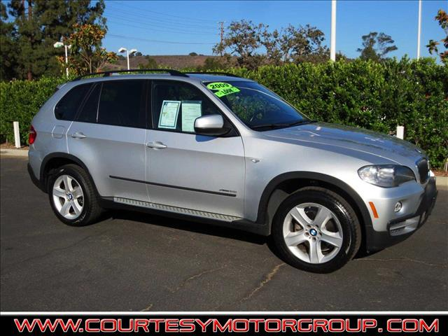 2009 BMW X5 XDRIVE30I AWD 4DR SUV titanium silver metallic in the luxury crossover suv segment t