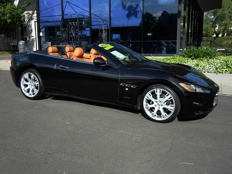 2010 MASERATI GRANTURISMO BASE 2DR CONVERTIBLE nero carbona nicely equipped with navigation fron