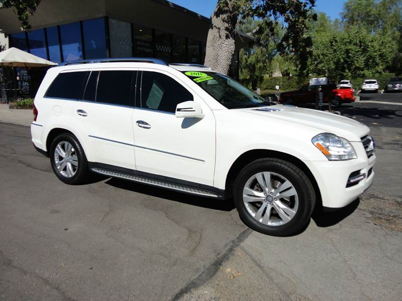 2011 MERCEDES-BENZ GL-CLASS GL450 4MATIC AWD 4DR SUV diamond white nicely equipped  p2 pkg rear e