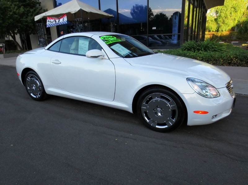 2004 LEXUS SC 430 BASE 2DR CONVERTIBLE pearl white  like new inside  out  only 24000 miles