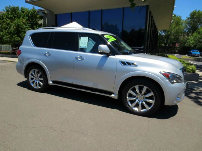 2012 INFINITI QX56 BASE 4X2 4DR SUV liquid platinum nicely equipped with theater pkg  dual 7-inc