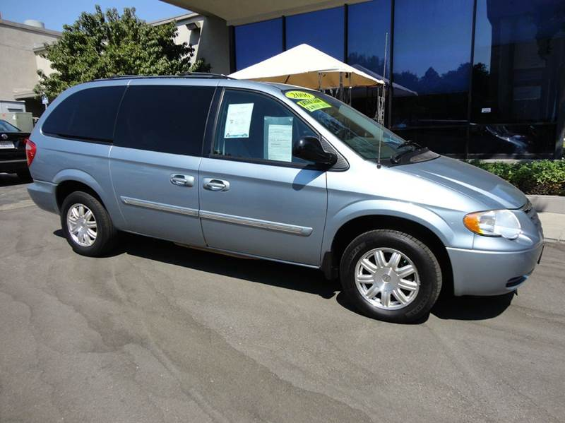 2006 CHRYSLER TOWN AND COUNTRY TOURING 4DR EXTENDED MINI VAN blue nicely equipped 7 passenger wit