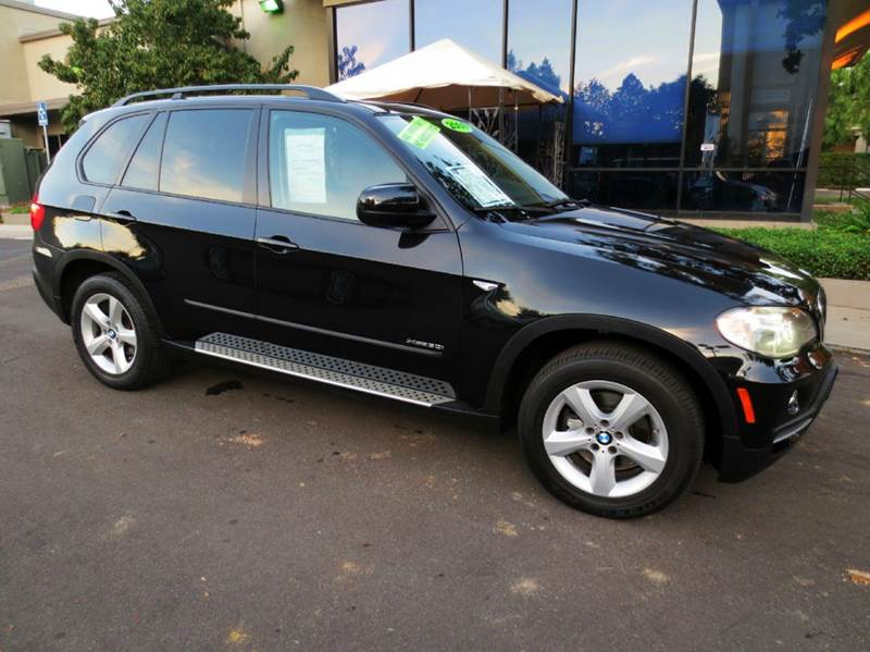 2009 BMW X5 XDRIVE30I AWD 4DR SUV black simply a black beauty and well equipped all wheel drivet