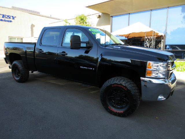 2008 CHEVROLET SILVERADO 2500HD LT1 2WD 4DR CREW CAB SB black with excellent build quality and a