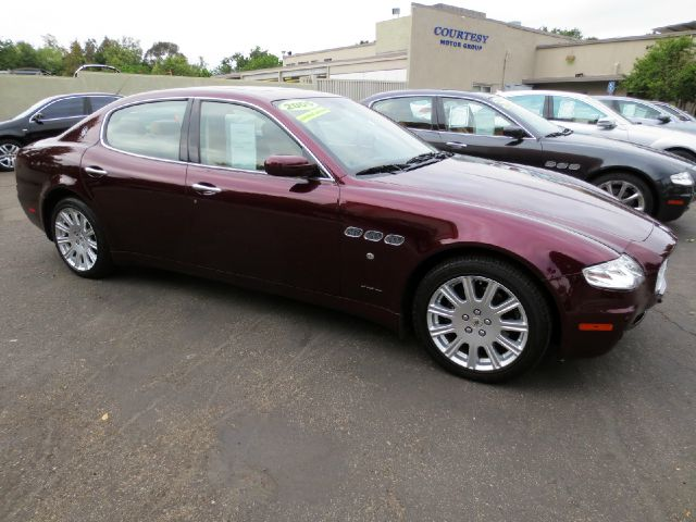 2005 MASERATI QUATTROPORTE 4DR SEDAN bordeaux well equipped with  comfort pack front seats  b