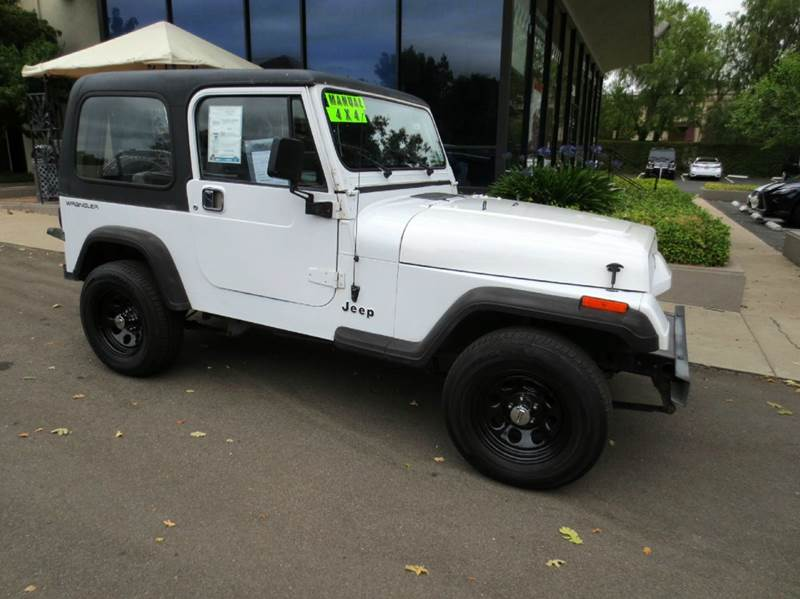 1992 JEEP WRANGLER S 2DR 4WD SUV white take a look at this fun to drive 1992 jeep wrangler s hard
