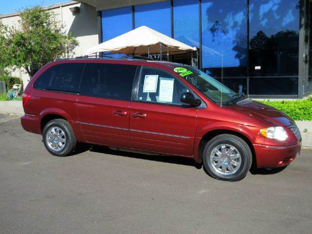 2007 CHRYSLER TOWN AND COUNTRY LIMITED 4DR EXT MINIVAN maroon this low low milage tc is equipped