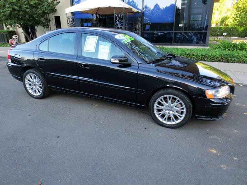 2007 VOLVO S60 T5 4DR SEDAN black sapphire met nicely equipped with  dual power seats  leath