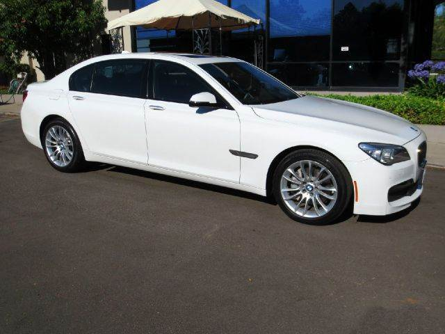 2014 BMW 7 SERIES 740LI 4DR SEDAN alpine white well equipped with  executive pkg  m sport pkg
