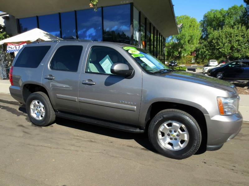 2007 CHEVROLET TAHOE LT 4DR SUV graystone metalic  extra clean  1 owner lt w 3rd row seating