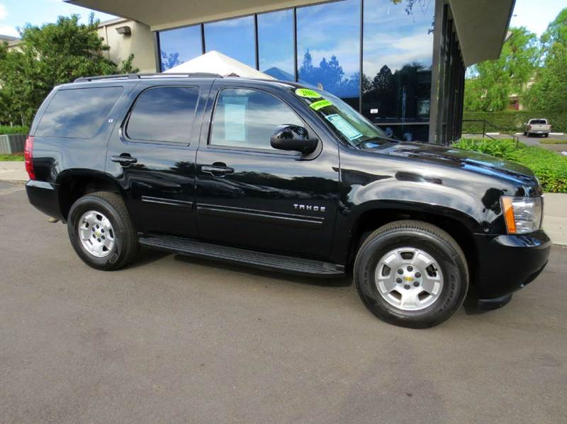2011 CHEVROLET TAHOE LT 4X2 4DR SUV black nicely equipped 8 passenger with leather bose sound ru