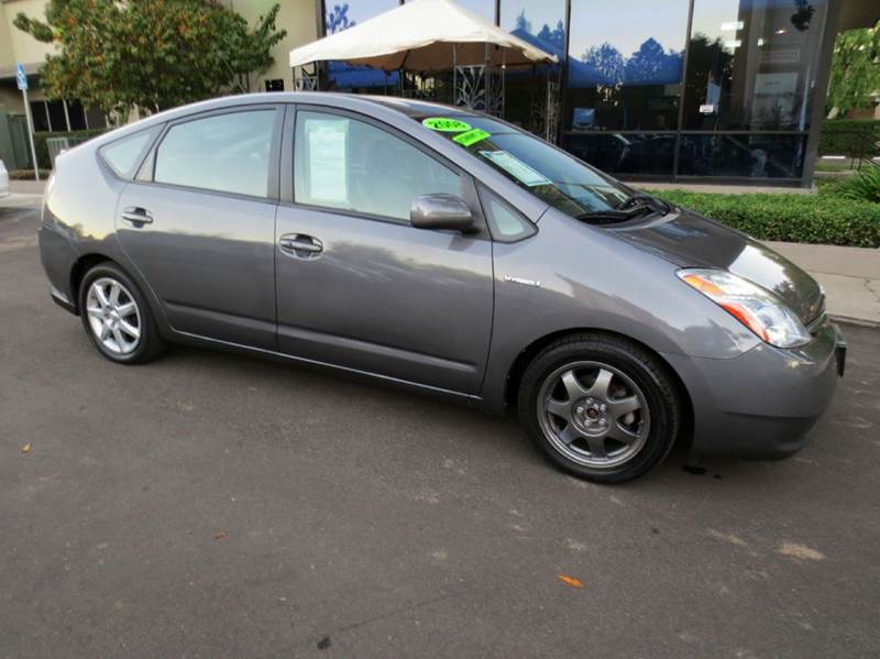 2008 TOYOTA PRIUS TOURING 4DR HATCHBACK gray look no more low mileage and 1 owner  this well eq