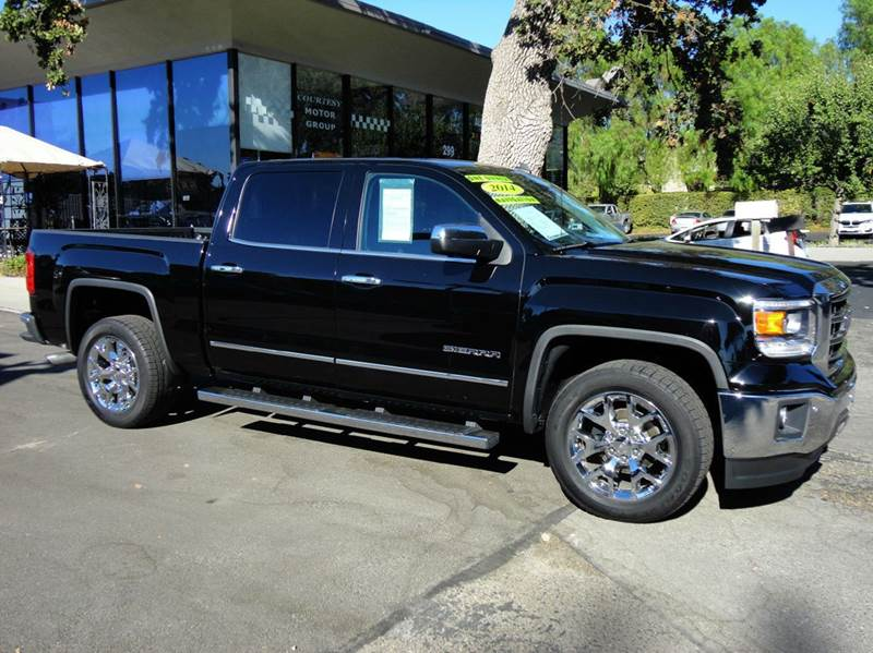 2014 GMC SIERRA 1500 SLT 4X2 4DR CREW CAB 58 FT SB onyx black nicely equipped with navigation l