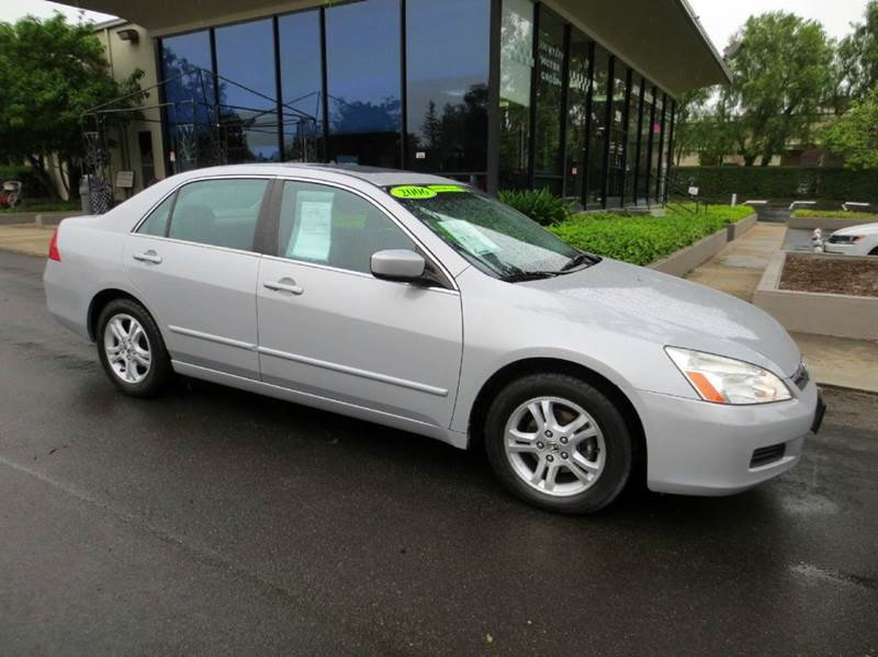 2006 HONDA ACCORD EX 4DR SEDAN 5A silver memorial day sale  must see and drive to appreciate f