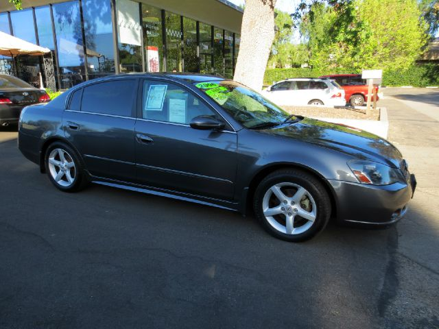 2006 NISSAN ALTIMA 35 SE 4DR SEDAN 35L V6 5A charcoal nicely equipped with  premium sound