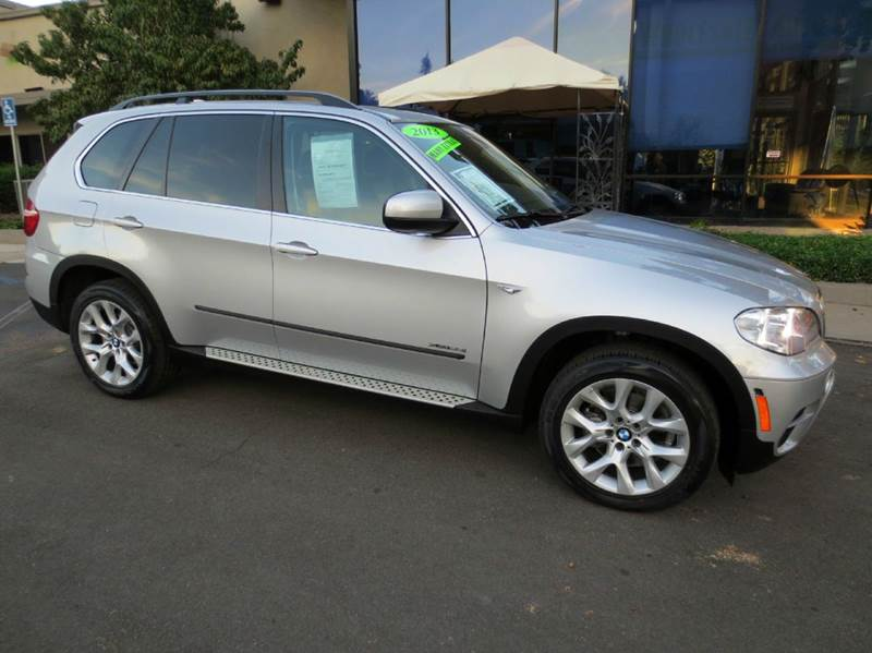 2013 BMW X5 XDRIVE35I PREMIUM AWD 4DR SUV silver simply elegant and luxurious all wheel drive na