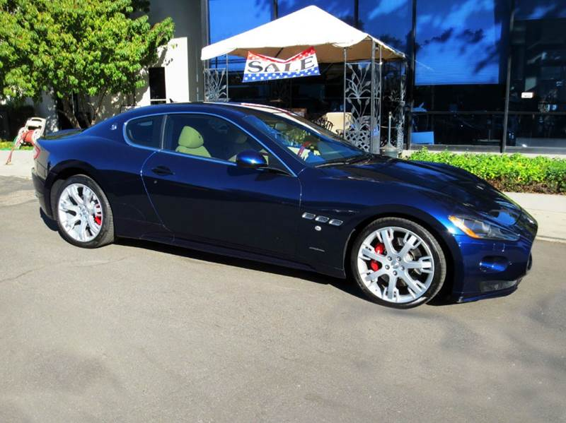 2012 MASERATI GRANTURISMO S AUTOMATIC 2DR COUPE blu oceano elegantly equipped with front and rear