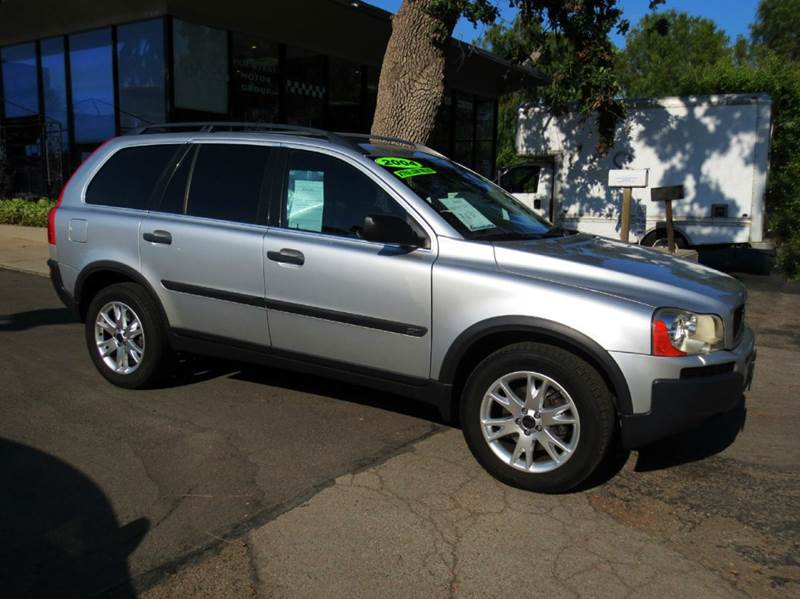 2004 VOLVO XC90 T6 AWD 4DR TURBO SUV silver memorial day sale  low miles  nicely equipped awd