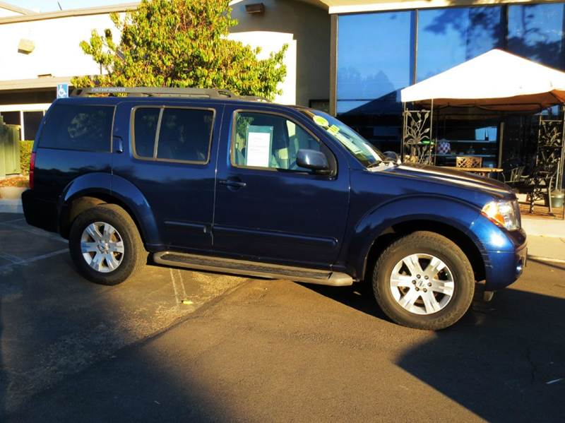 2006 NISSAN PATHFINDER LE 4DR SUV 4WD blue look no more extra clean well equipped 4x4 leather