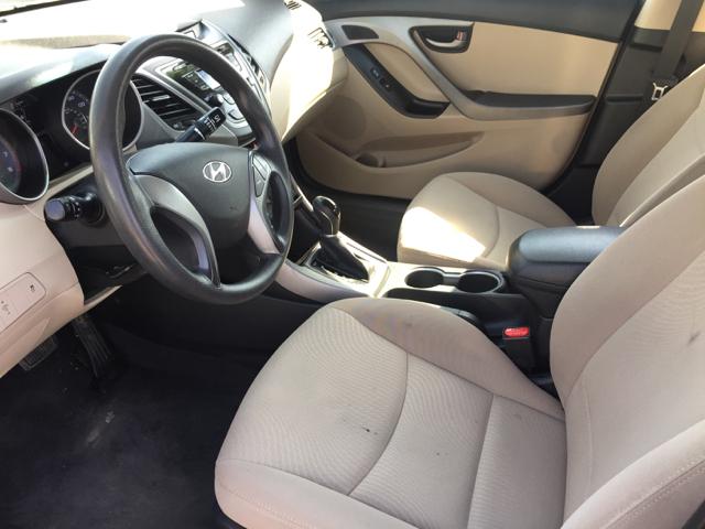 2014 Hyundai Elantra SE 4dr Sedan - Clovis CA
