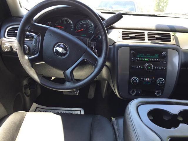 2009 Chevrolet Tahoe LS 4x4 4dr SUV - Clovis CA